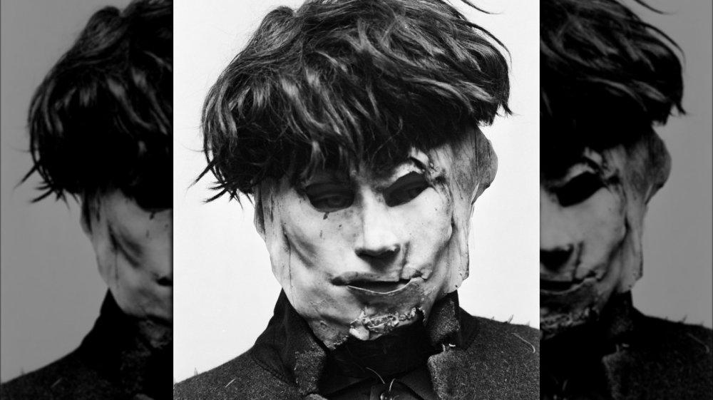 Edward Paisnel mask