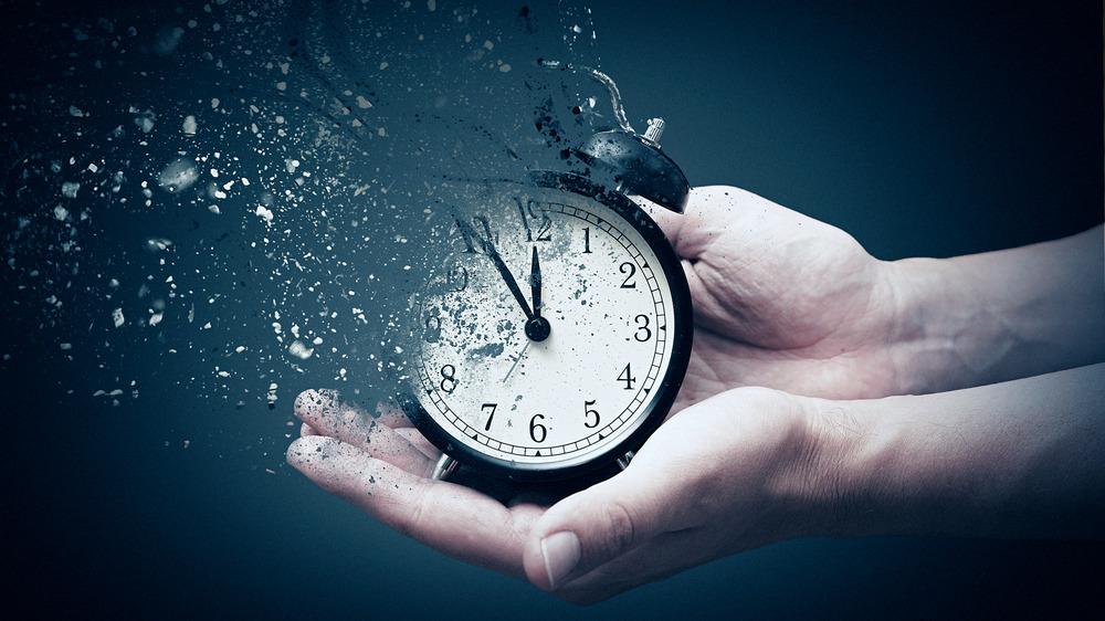 A disintegrating clock
