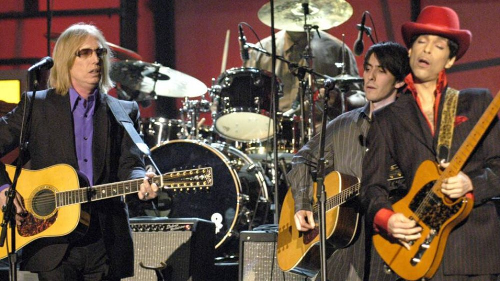 Tom Petty playing with Prince in 2004