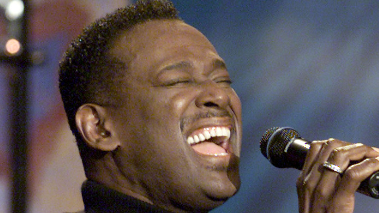 Luther Vandross singing on stage