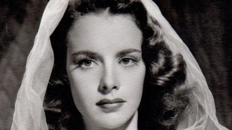 Susan Peters close up