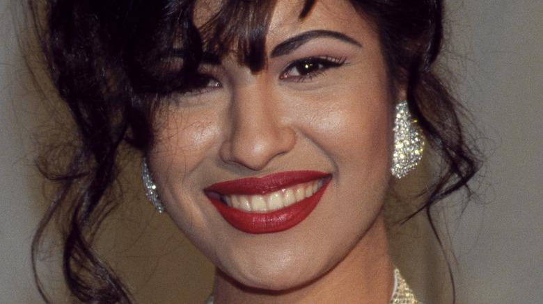 Selena close-up