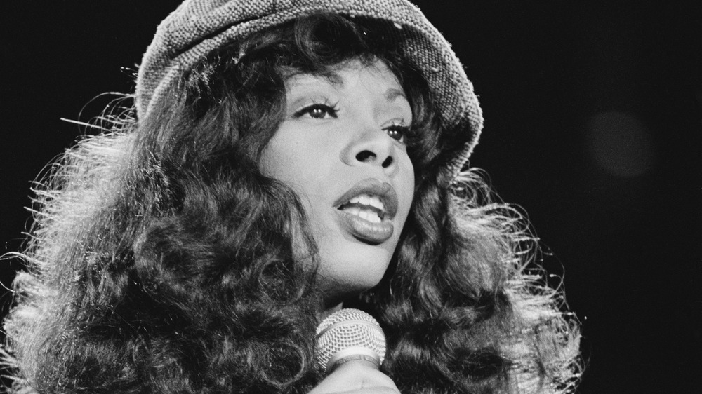 Donna Summer performing