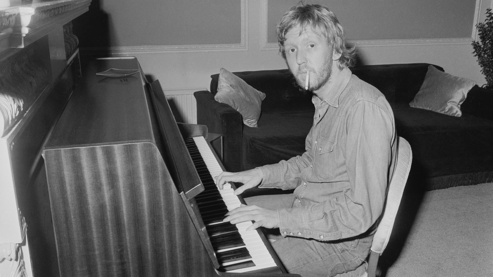 Harry Nilsson playing the piano