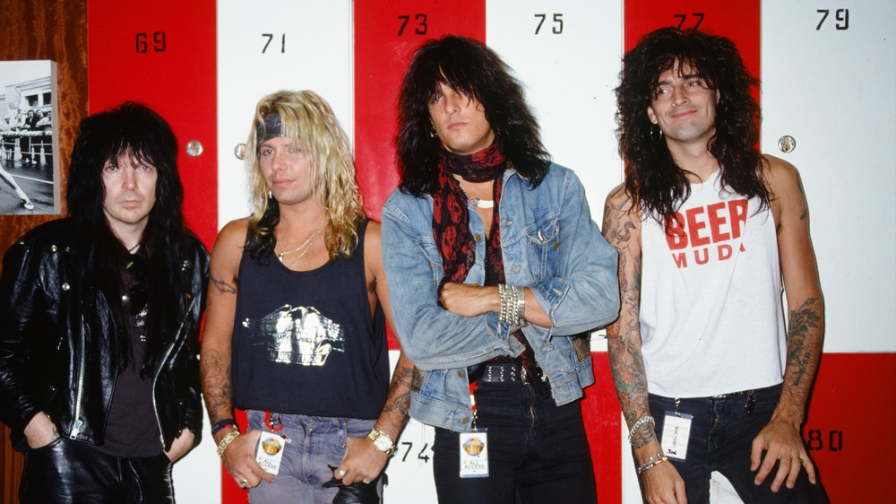 Mötley Crüe, 1989