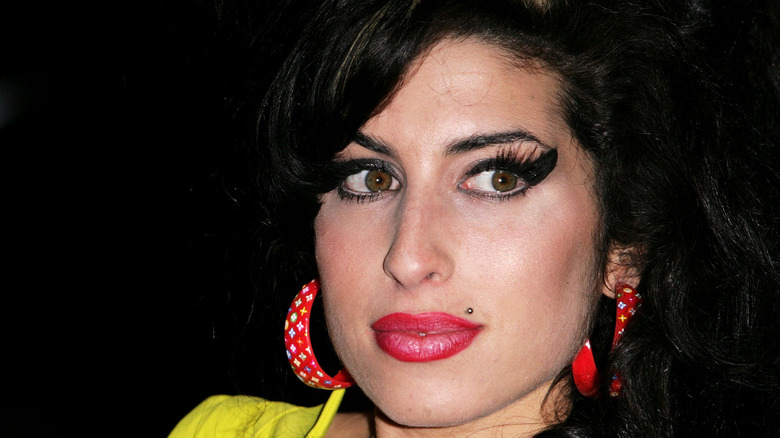 Amy Winehouse coy