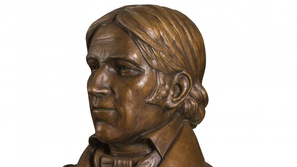 Davy Crockett in bronze