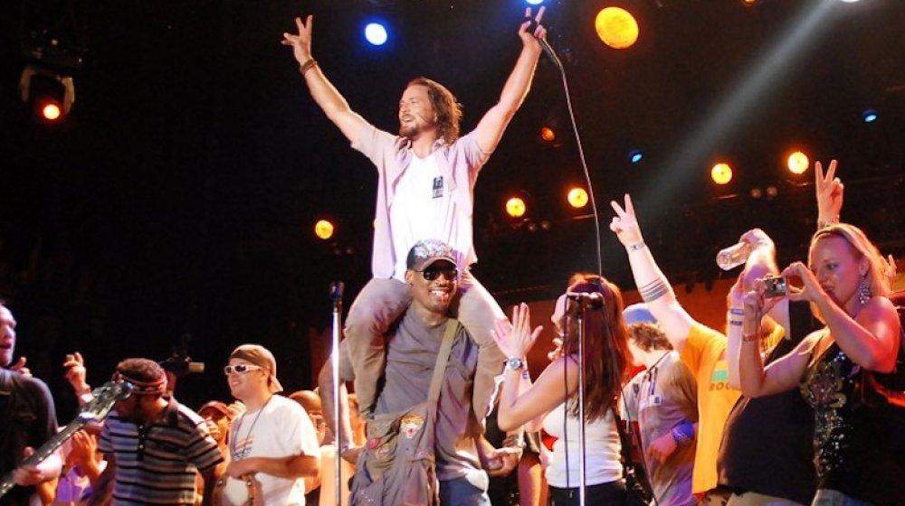 Eddie Vedder and Dennis Rodman