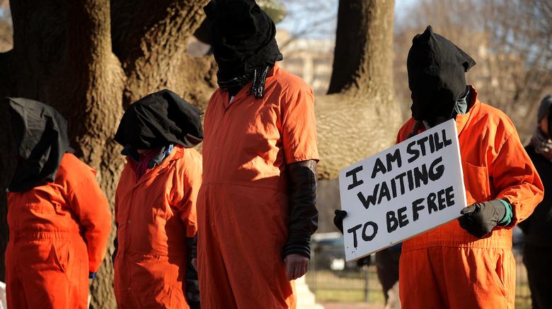 Demonstrators against Guantanamo bay imprisonment
