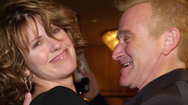 Pam Dawber, Robin Williams smiling
