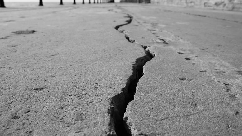 earthquake concept image