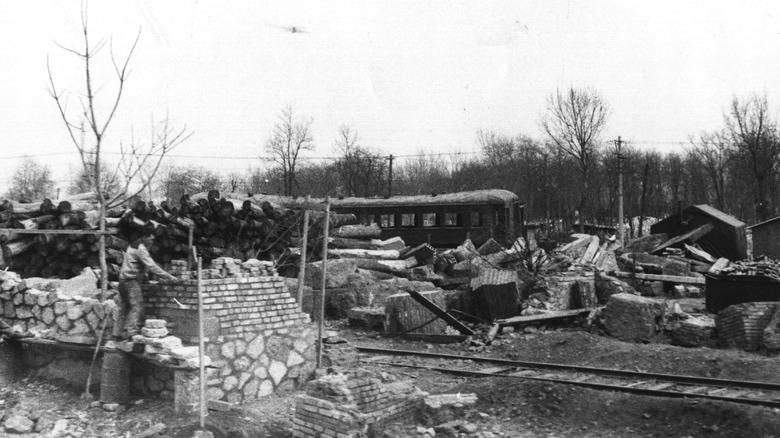 Tangshan wreckage