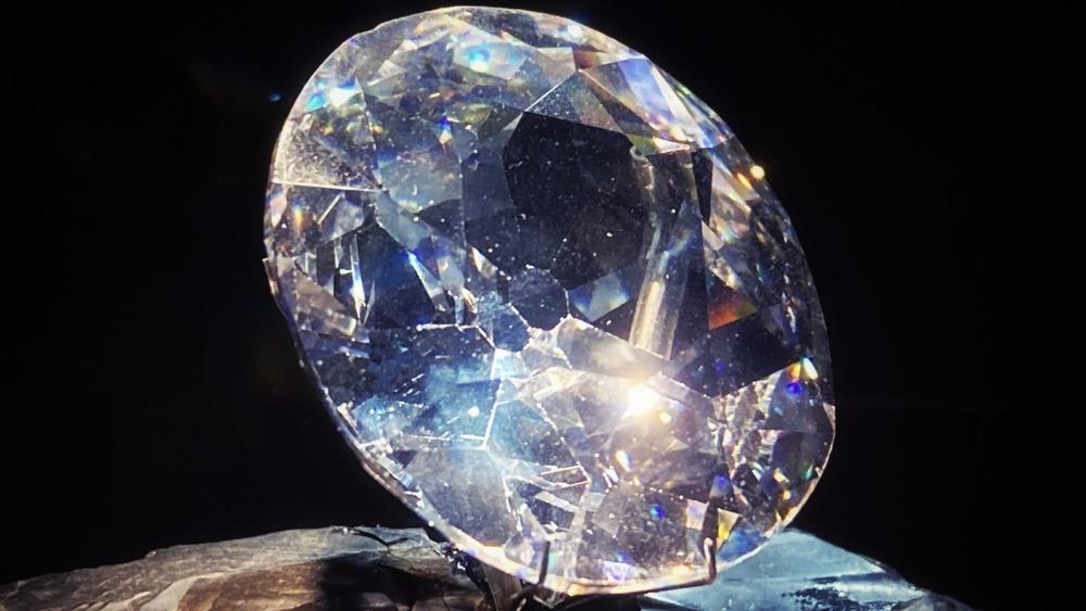 Koh-i-Noor diamond replica
