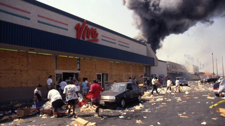 L.A. riots looting