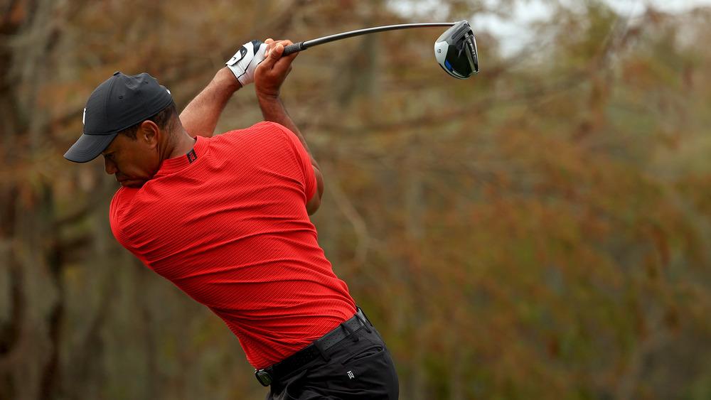 Tiger Woods swinging
