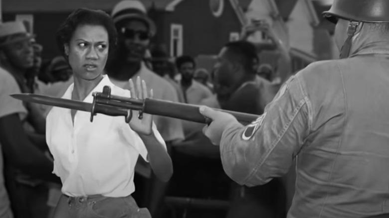 Gloria Richardson confronts a bayonet