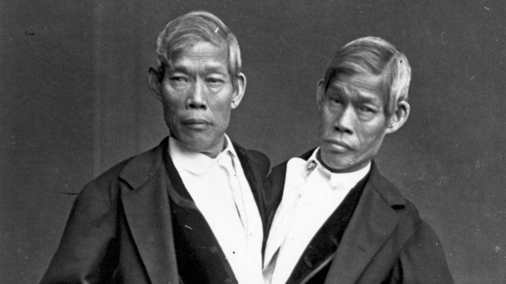 1865: The most famous Siamese twins, Chang and Eng Bunker