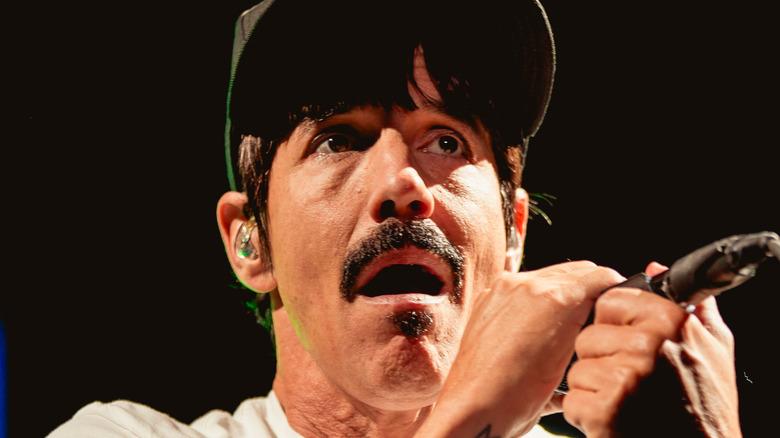 Anthony Kiedis on stage mic
