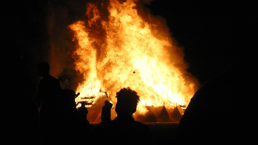 Snapshot from the 2003 Burning Man Festival