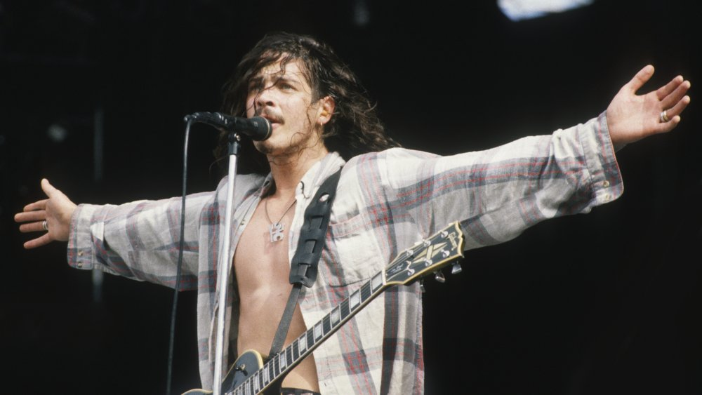 Chris Cornell on stage with Soundgarden in 1992