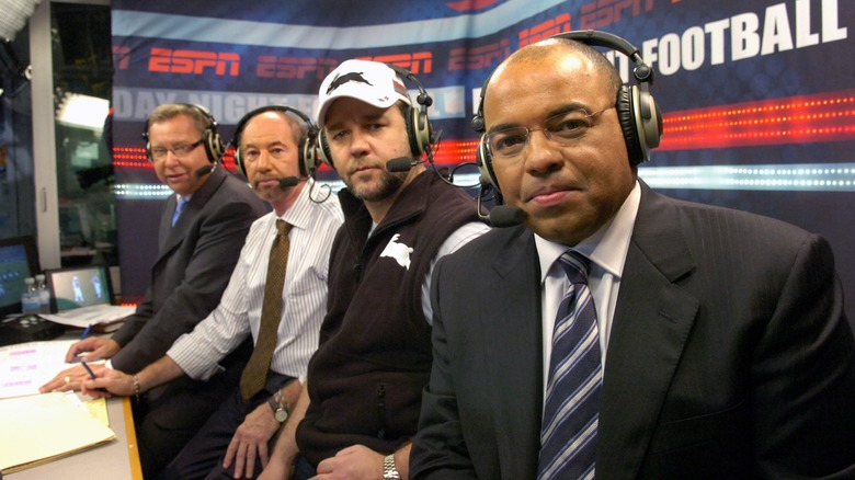 Mike Tirico with Russel Crowe