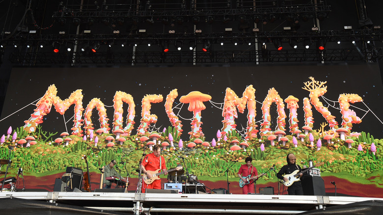 Live photo of the band Modest Mouse