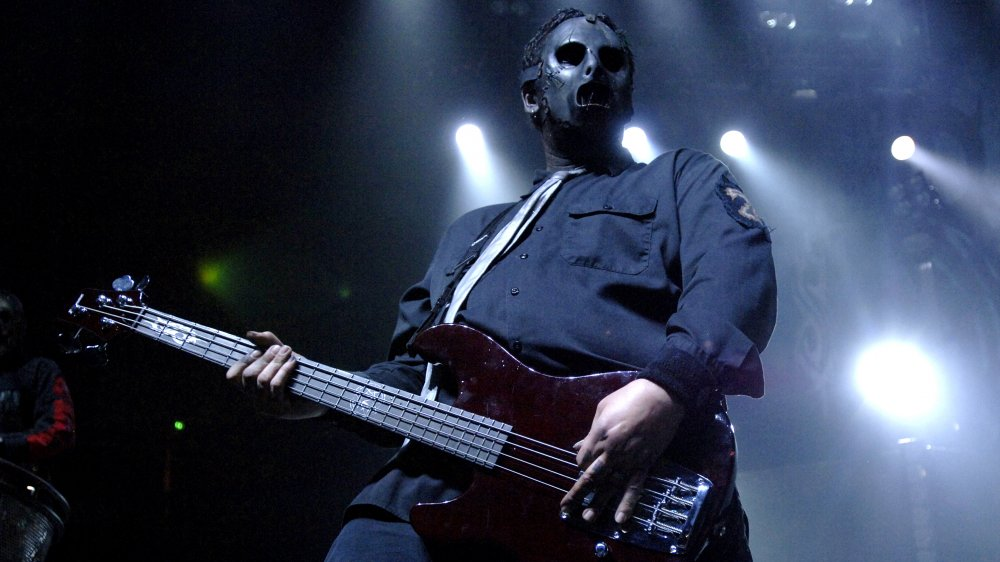 Paul Gray performing during the release tour for 2008's All Hope is Gone
