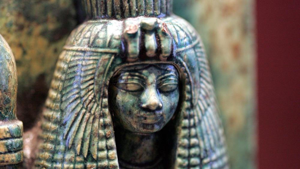 Fragmentary statue of Queen Tiye