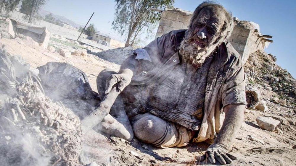 Amou Haji the world's dirtiest man