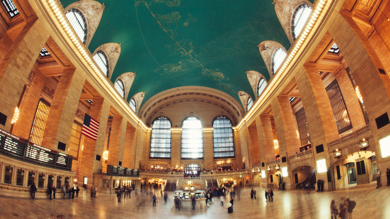 An image of Grand Central station in New York