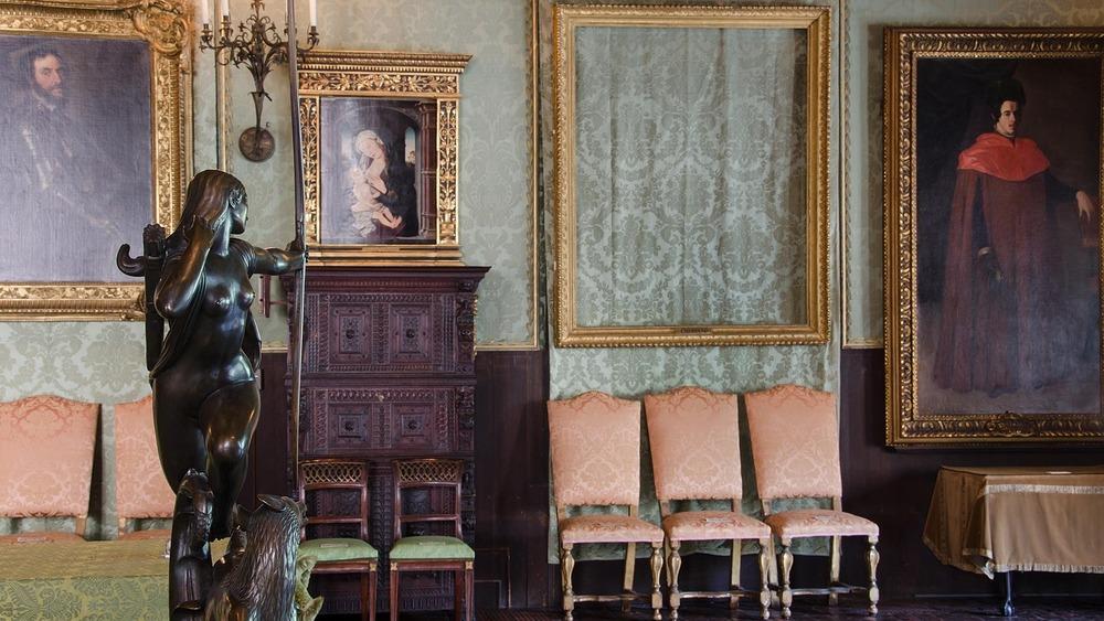 isabella gardner museum empty frame stolen artwork