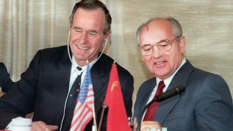 george hw bush, mikhail gorbachev