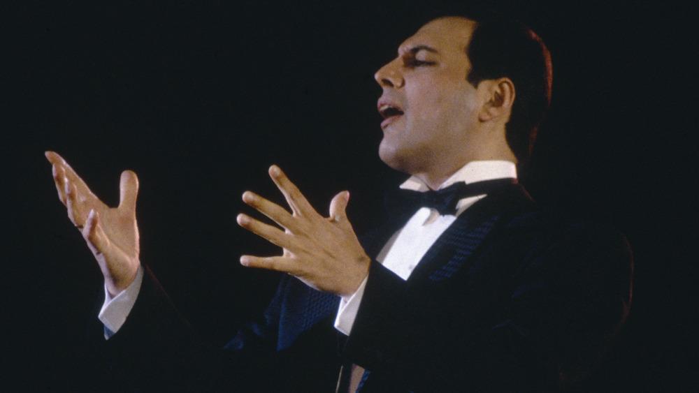 Freddie Mercury, 1989