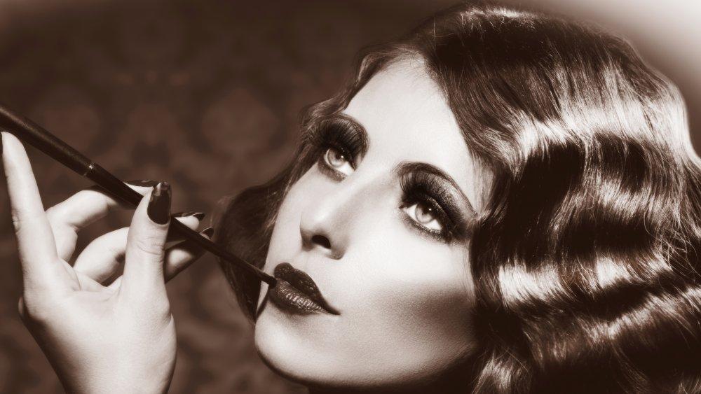Vintage looking actress
