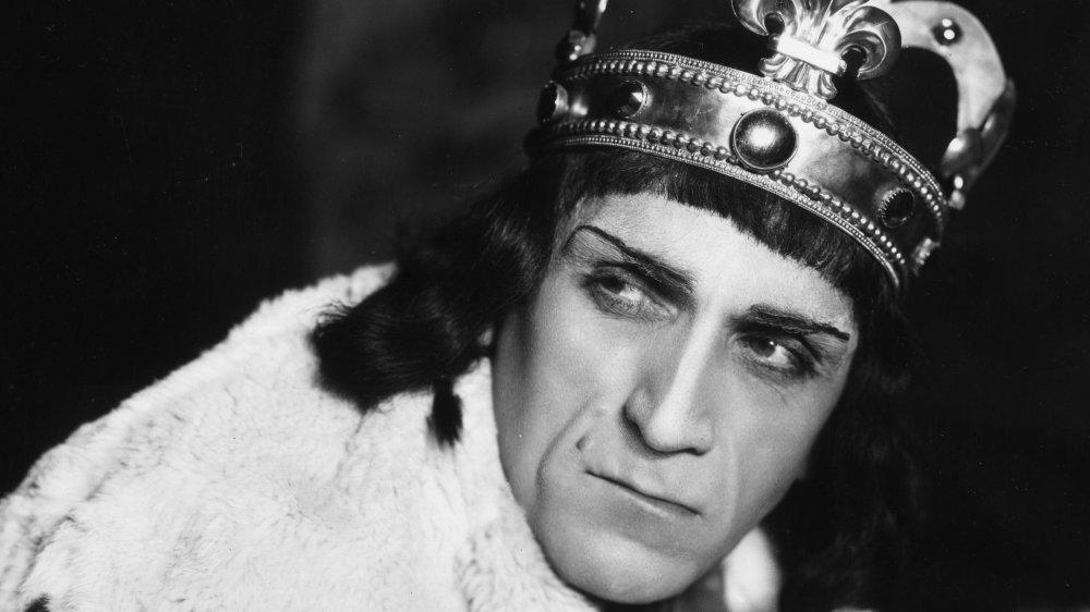 Balliol Holloway as Richard III