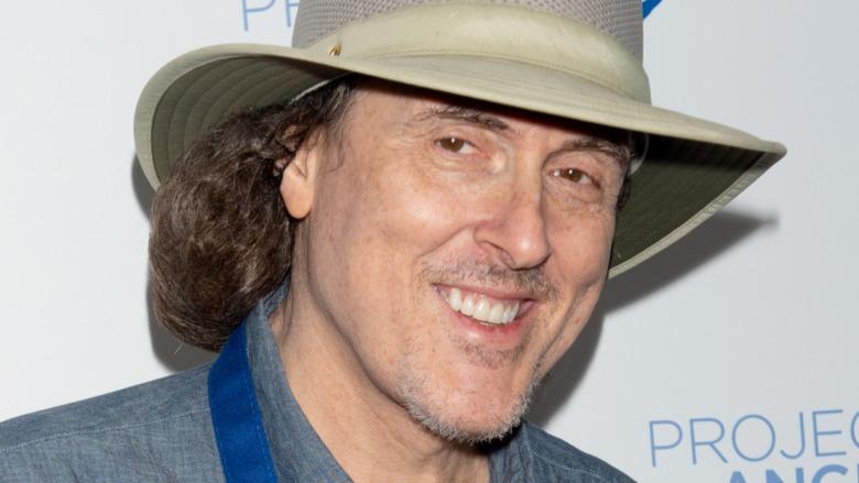 Weird Al smiling in hat