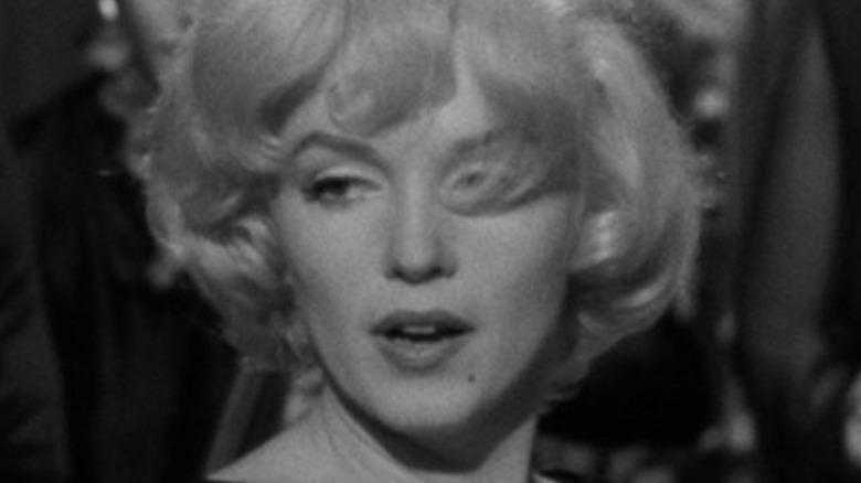 Marilyn Monroe sings as Sugar Kane in Some Like it Hot