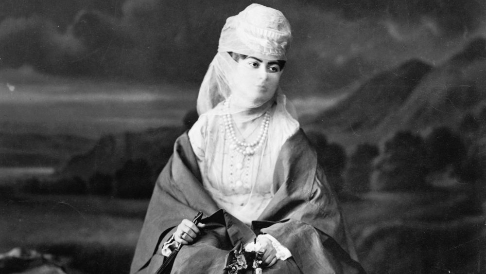 Portrait of an Ottoman women in 1869 from Constantinople