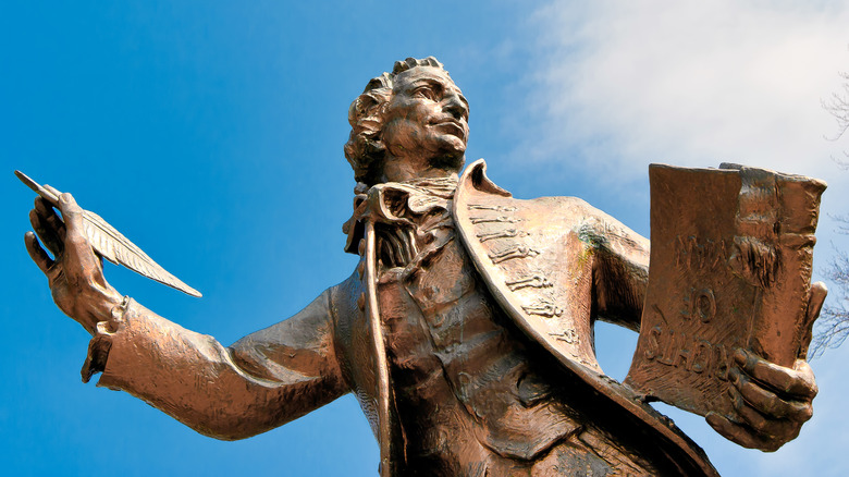 Statue of Thomas Paine in Norfolk, UK