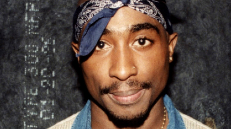 Tupac Shakur bandana