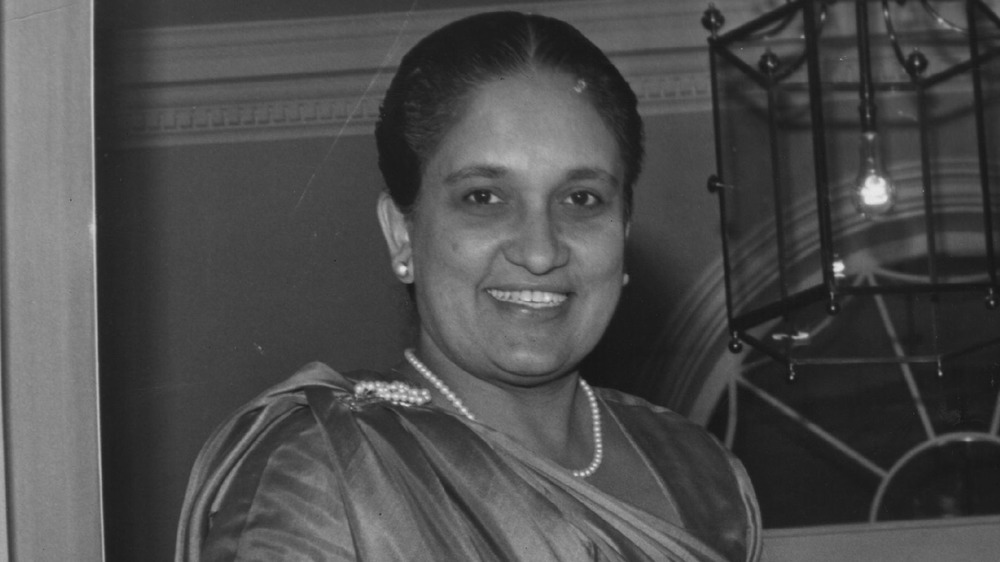 Sirimavo Bandaranaike, 1964