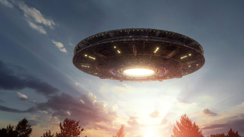 A flying saucer