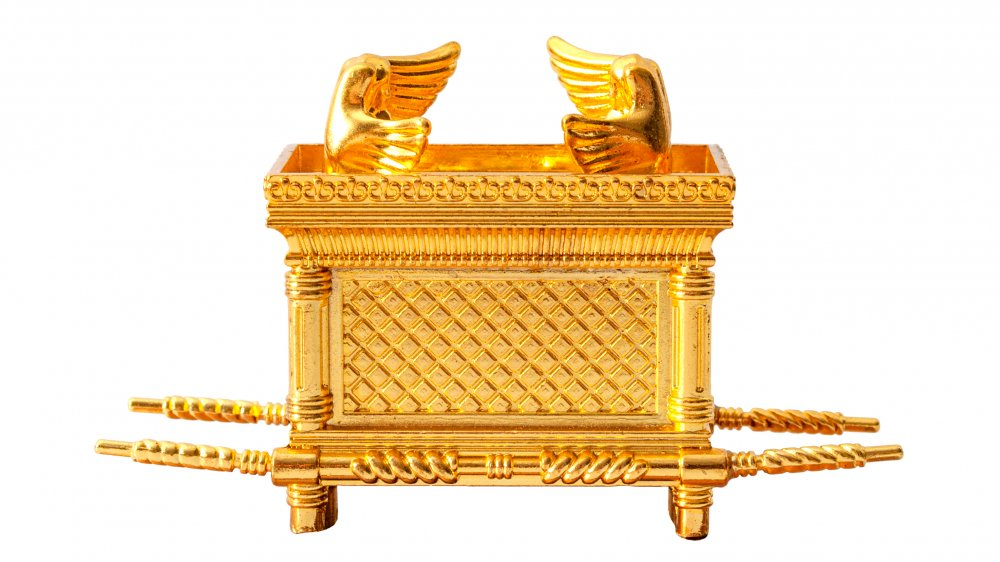 An artist's depiction of the Ark of the Covenant