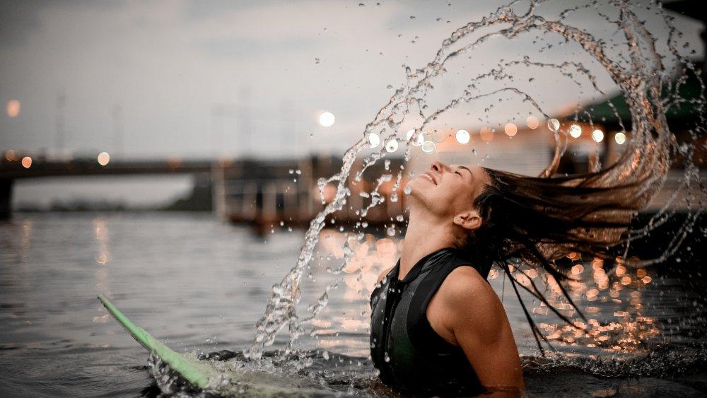 Water Hair Flip