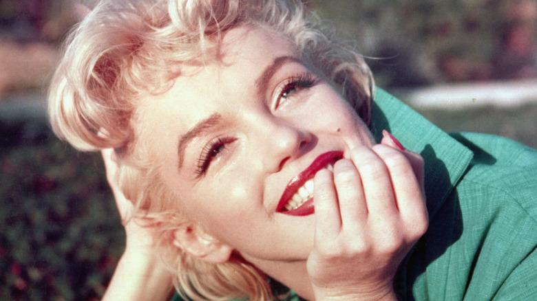 Marilyn Monroe posing and smiling