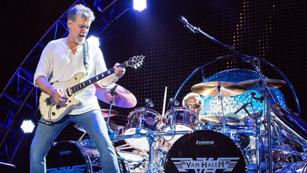 Eddie Van Halen and his brother Alex performing in 2015