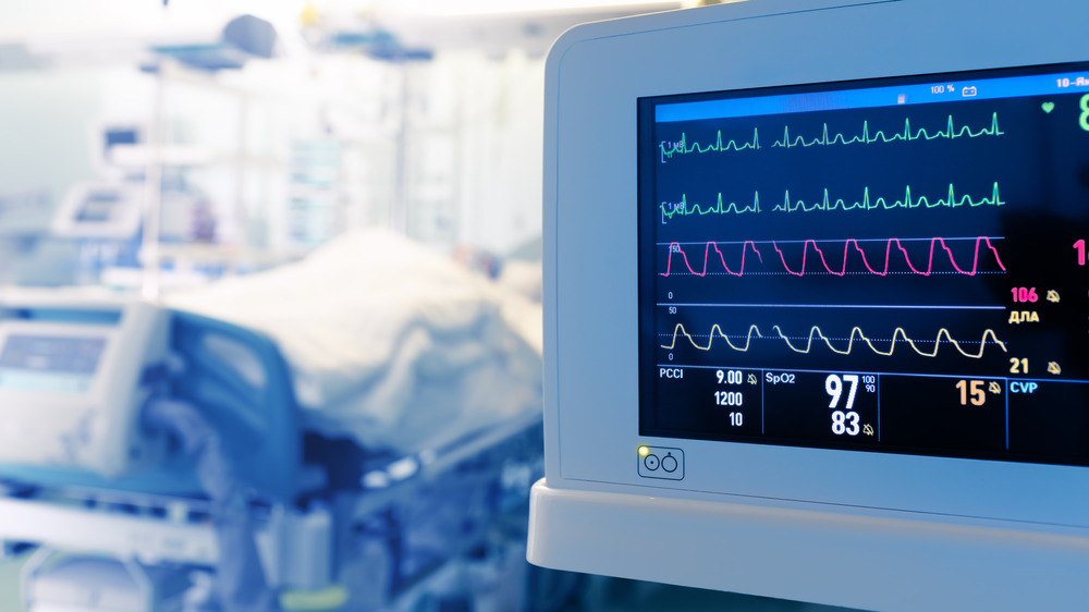 Monitoring patient's heart